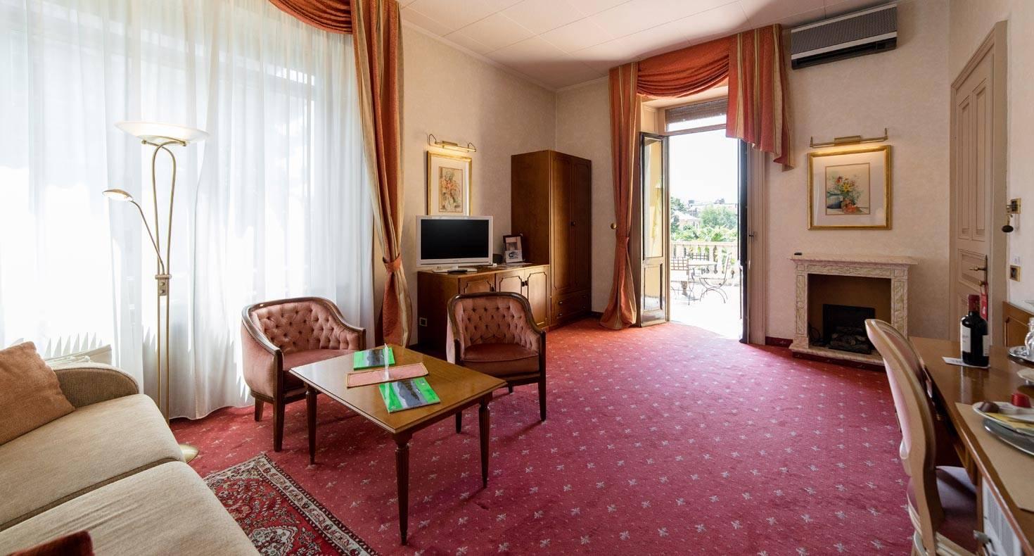 Hotel Luino Lake Maggiore Romantic Four Stars Hotel Camin Hotel